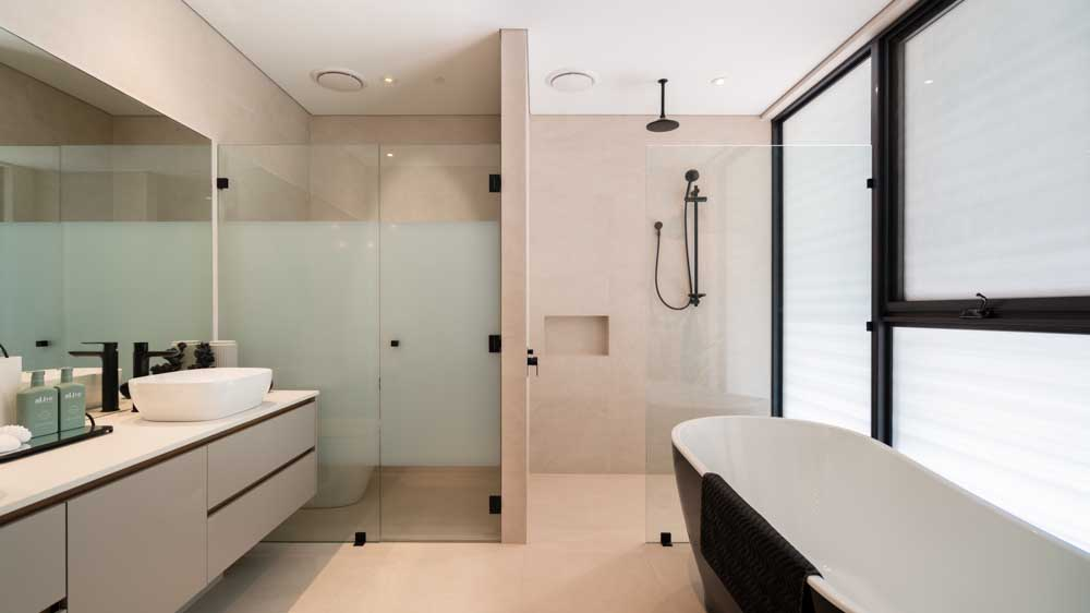 Frameless Glass Shower Screen with Privacy Coogee Beach